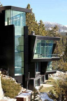 Lake Tahoe Cliff House by Mark Dziewulski Architects