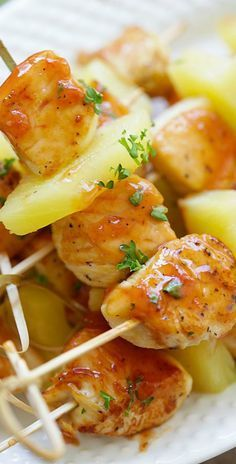 Hawaiian Chicken Bites – amazing chicken skewers with pineapple with Hawaiian BBQ sauce. This recipe is so easy and a crowd pleaser | rasamalaysia.com