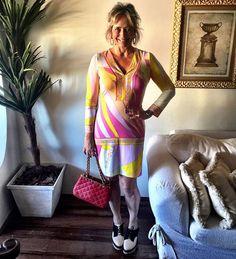 Segunda-feira com o vestido maravilhoso da @vanguardastore - ❤️ #andreafialho…