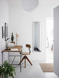 Creating Harmony with a Mix of Old + New | The Design Chaser | Bloglovin'