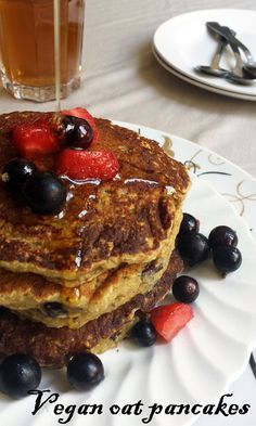 pancake vegetalien aux flocons d'avoine :: Utiliser un oeuf au lieu des graines de lin broyées. (2 pts par pancake si pâte divisée en 14)
