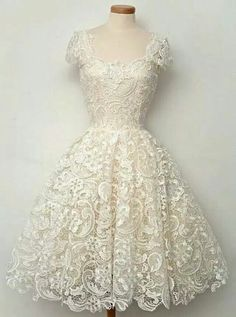 Maybe the most beautiful dress in the world. Fifties inspired, lace and cap sleeves.