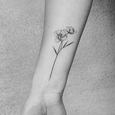 wrist tattoo girls - List of the most beautiful tattoo models Jasmine Flower Tattoos, Orchid Flower Tattoos, Pretty Flower Tattoos, Flower Wrist Tattoos, Flower Tattoo Designs, Beautiful Tattoos, Wrist Tattoos For Guys, Small Wrist Tattoos, Tattoos For Women Small
