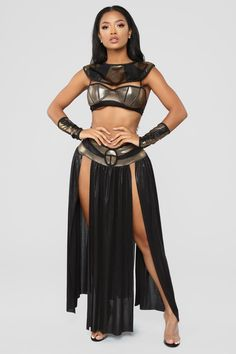 Find your perfect sexy Halloween costume at Fashion Nova and make a killer entrance at the party. Costume Sexy, Sexy Halloween Costumes, Mummy Costumes, Teen Costumes, Woman Costumes, Couple Costumes, Group Costumes, Couple Halloween, Egyptian Goddess Costume