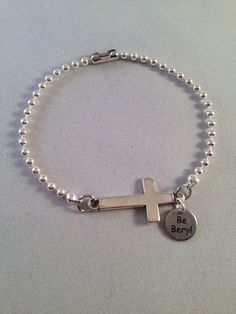Nice ballchain bracelets, see http://www.be-beryl.nl/