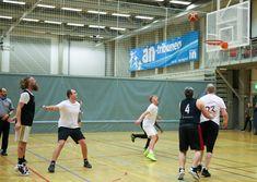 Basket under BIB Cup er fett! Basketball Court, Rock, Skirt, Locks, The Rock, Rock Music, Batu, Rock Roll
