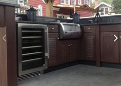 Naturekast® has revolutionized the industry with 100% waterproof cabinetry. The latest in high density resin technology, we provide cabinets, panels, trim and more with the look of real weathered cypress.