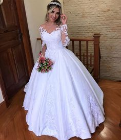 The Top Wedding Dress Trends of 2020 - New ideas Steven Khalil Wedding Dress, Wedding Dress With Veil, Top Wedding Dresses, Wedding Dress Trends, Bridal Dresses, Wedding Gowns, Pretty Dresses, Beautiful Dresses, Lace Bridal
