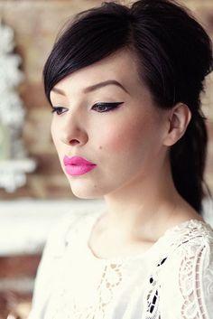 so loving the bright pink lips and winged liner via keikolynn #wingedlinersubtle