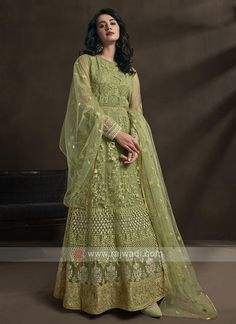 pista green color anarkali suit... Lehenga Anarkali, Anarkali Tops, Anarkali Suits, Gold Lehenga, Lehenga Suit, Abaya Style, Designer Anarkali, Designer Gowns, Salwar Kameez