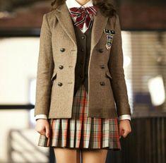 Private School Uniforms, Cute School Uniforms, School Outfits, Preppy Mode, Preppy Style, Uniform Dress, Uniform Design, Korean Outfits, School Fashion