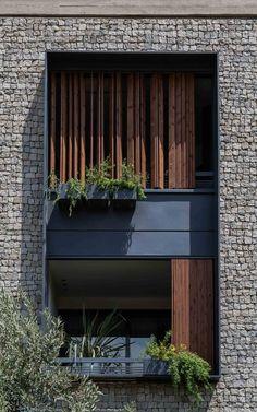 Galeria de Edifício Residencial 144 / Ali Sodagaran + Nazanin Kazerounian - 13