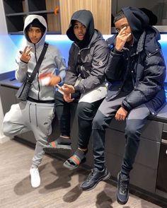 Fine Black Men, Gorgeous Black Men, Cute Black Guys, Black Boys, Fine Men, Cute Guys, Dope Outfits For Guys, Swag Outfits Men, Hommes Grunge