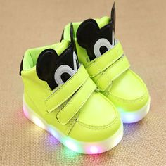 New 2018 European cool Spring autumn glowing baby sneakers casual LED  lighted baby casual shoes glitter cute girls boys shoes 9d6e47b9419e