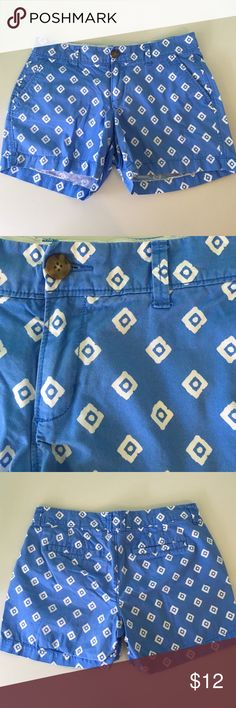 Old Navy Shorts Printed Old Navy twill shorts. 5 inch inseam.  Super cute pattern. Perfect for summer.  Color is slightly lighter than in pictures.  4 pockets: 2 in front, 2 in back. Old Navy Shorts