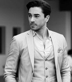 ♥♥♥♥ Turkish Actors, My Crush, In A Heartbeat, Tv Series, Actresses, Blazer, My Love, Celebrities, Boys