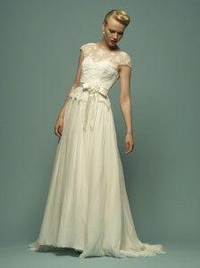 Soft, feminine and very 'vintage' by Lou Lou