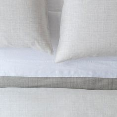 100% Pure linen bedding interwoven with a warm and cool grey and off-white. Duvet covers, euro, and body pillow case sold seperately. Standard and king pillowcases sold in pairs. DESIGNER:  Anki Spets  MATERIAL:  100% Linen  MEASUREMENTS:  Body Pillow: 20 x 60 inch