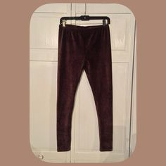 SALE! NWT Super Soft Brushed Brown Leggings These are so nice, comply and soft! You will love the feel of these! Very versatile to wear! Boutique Pants Leggings