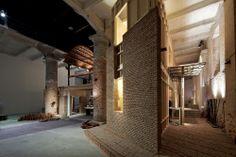 Venice Biennale 2012: Feel the Ground. Wall House: One to One / Anupama Kundoo