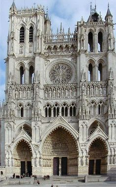 Amiens Cathedral, French High Gothic. One of their goals was to replace sheer mass with intricately framed voids - Gardner's Art Throughout the Ages