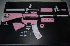 Hello Kitty Gun, Hello Kitty Items, Hello Kiti, Knife Aesthetic, Pink Guns, Pretty Knives, Armas Ninja, Assault Rifle, Sanrio