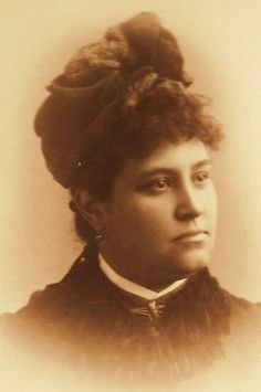 This is another photo of Paulita Maxwell from her own photo album that is in the possession of her great grandaughter, Judi Flanner Arbogast. Billy Kid, Billy The Kids, William H Bonney, Pat Garrett, Light Blue Eyes, Young Guns, Old West, Family History, Famous People