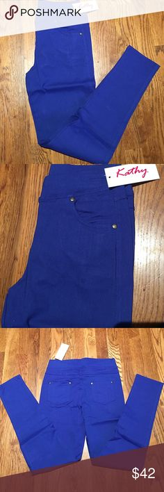 Kathy Jeggings size M/L. Blue. With Pockets Kathy Jeggings size M/L. Blue. With Pockets and studs on each side of the pockets.  Stretch.  Never worn.  60% Cotton 35% Nylon. 5% Spandex. Hand wash cold.  Do Not BLEACH.  Hang dry. Kathy Other
