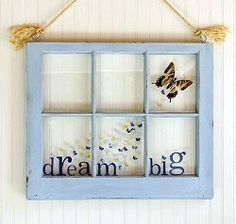 Use an old window frame to create this pretty butterfly wall decoration. Follow this #tutorial to learn how!