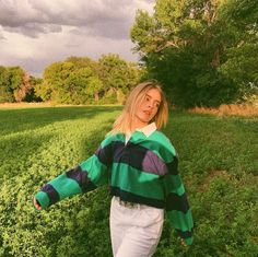 Marla Catherine, Cute Poses, Poses For Photos, Cute Comfy Outfits, Teenager Outfits, Retro Outfits, Colorful Fashion, Fashion Pictures, Aesthetic Clothes