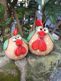 http://de.dawanda.com/product/78313303-Gartenkeramik-Skulptur-Huhn-Kueche-Vogel-Henne-Hahn