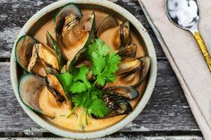 Thai-red-curry-mussels-inli.gif