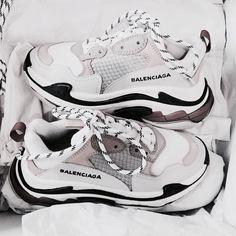 pretty nice 4e134 6a8d8 Balenciaga-kengät, Korkokengät, Sneakers Muoti, Söpö Kengät, Muotikengät,  Merkkikengät,
