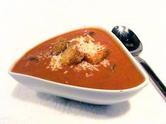 Applebee's Tomato Basil Soup - Perfect for a cold, winter night!