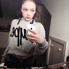 Daisy Tomlinson, Tomlinson Family, Louis Tomlinson, Harry Styles News, One Direction Pictures, Girl Power, Twins, Most Beautiful, Graphic Sweatshirt