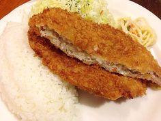 新宿 アカシア 洋食 豚ミンチカツ