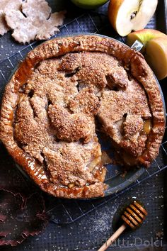 Maple Honey Apple Pie with beautiful (and easy!) leaf cut-outs on top.