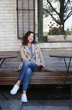 Ingrid Nilsen Pictures and Interview 2015 Ingrid is p. much my style Simple Outfits, Fall Outfits, Casual Outfits, Cute Outfits, Ingrid Nilsen, Blazers, Outfits Damen, Damen Sweatshirts, Outfits With Converse