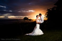amazing colours and clarity of couples faces while background is still focused and colourful -Fiji Wedding Photography