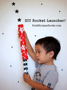 Your action-seeking little boy will absolutely love this DIY cardboard roll rocket launcher! This is a fast and easy craft to make that will lead to hours of memorable, riveting fun!