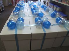 Beautiful balloons by the event specialists. Stylish and fun balloon gifts hand delivered. Balloon printing, parties and more! Sydney and all capital cities Balloons Online, Balloon Decorations, Balloon Ideas, Gift Bouquet, Balloon Delivery, Balloon Gift, Printed Balloons, Gifts Delivered, Balloon Bouquet