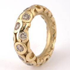 Squid ring - 18K gold with diamonds by Tina Engell
