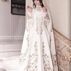 Wedding Dresses For Girls, Girls Dresses, Hijab Style Dress, Sofia Coppola, Medieval Dress, Hijab Fashion, Beautiful Dresses, Bride, Princess