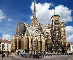 Vienna city guide - the best things to do in Vienna, Austria Revival Architecture, Gothic Architecture, Beautiful Architecture, Ancient Architecture, Budapest, Palacio Imperial, Danube River Cruise, Vienna State Opera, Flights To London