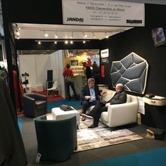 Retrouvez La Maison Jandri Swann au MIF Expo, le Salon du Made In France. La Maison Jandri Swann  fabricant de canapés et fauteuils à Chennevières sur Marne, est présente, pavillon EPV, jusqu'au 12 novembre de 10h à 19h,   Porte de Versailles #epv #labelepv #mifexpo #madeinfrancec