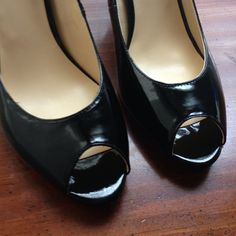 """NEW IN BOX!!! 3.75"""" Black heels  in box! Shiny, classic black high heels (3.75 inch heel) with peep toes by Liz Claiborne. Never has been worn! Selling because they do not fit my wide feet (10M)  (I bought these at JCpenny's, and the shoes did not have tags). Lowest Price! Bundles welcome  ❌No Trades❌ Liz Claiborne Shoes Heels"""