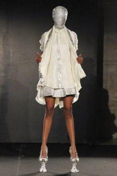 Colin Jantaminiau S/S Haute Couture 2011 Paris