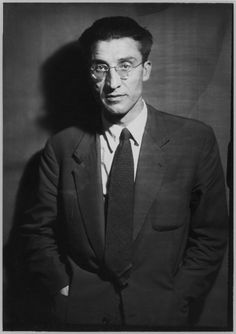 Italian writer Cesare Pavese, 1948 // photo by Ghitta Carell Susan Sontag, Cinema Theatre, Book Letters, Call Of Cthulhu, Writers And Poets, Pose, Book Writer, Green Landscape, Open Window
