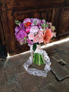 Amazing wedding bouquet.