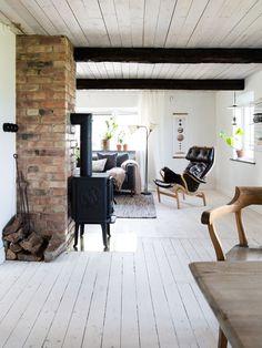 lt_June 17 2017 at Beddinge, Old Houses, Simple Designs, Sweet Home, Loft, Cottage, House Design, Patio, Living Room